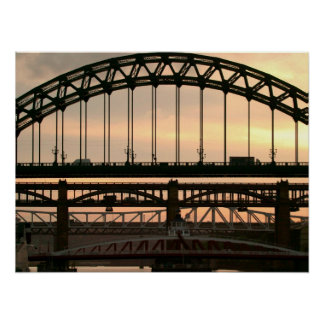 River Tyneのポスターまたはプリント上の橋 ポスター