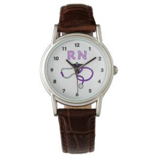 RNは聴診器を看護します 腕時計
