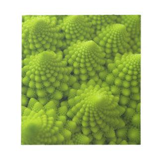 Romanescoのブロッコリーのフラクタルの野菜 ノートパッド