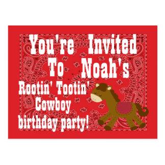 Rootin Tootinのカウボーイの誕生日のパーティの招待状 ポストカード