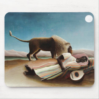"Rousseauの""睡眠のジプシー"" (1897年) マウスパッド"