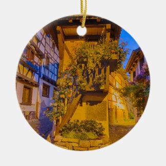 Rue du Rempart石鹸水の通りのl'Allemand石鹸水のiEguisheim セラミックオーナメント