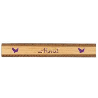 Ruler示されたWithの蝶 定規