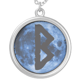 Runeのネックレス: Berkana シルバープレートネックレス