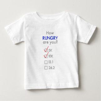 RUNGRYはいかにですか。 10K ベビーTシャツ