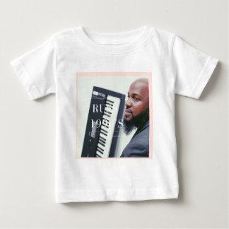 Russのキーボードプレーヤー ベビーTシャツ