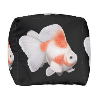 Ryukinのファンテールの金魚のPouf プーフ