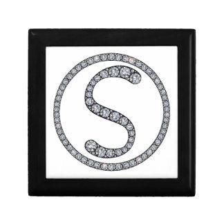 Sのモノグラムのきらきら光るなリングや輪のギフト用の箱 ギフトボックス