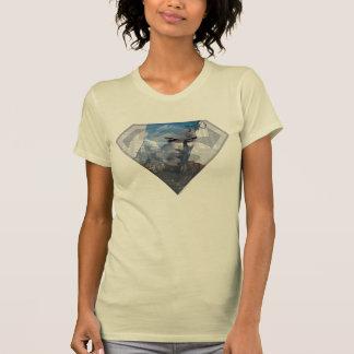 S盾のロゴのスーパーマンのS盾|のスーパーマン Tシャツ