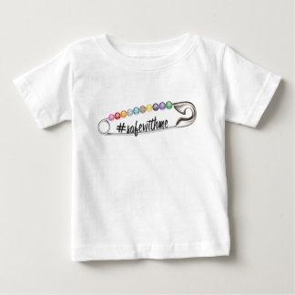 #SafeWithMeのベビーのジャージーのTシャツ ベビーTシャツ