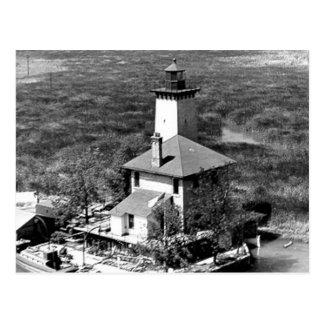 Saginawの川の後部範囲の灯台 ポストカード