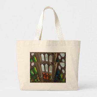 Sagradaのfamilia教会壁のWindowsの神聖なスピリチュアル ラージトートバッグ
