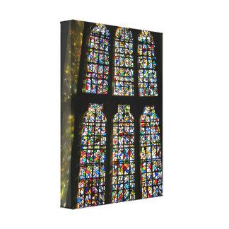 Sagrada Familiaのステンドグラスのバルセロナの写真 キャンバスプリント