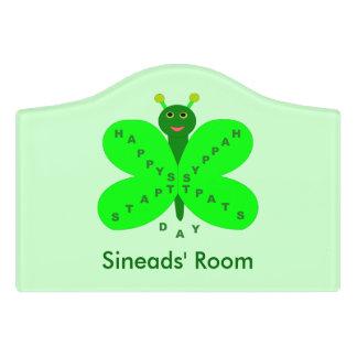 Saint patricks dayの蝶カスタムな部屋の印 ドアサイン