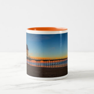 Saltburn桟橋のイギリスのマグ ツートーンマグカップ