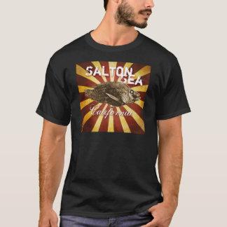 Saltonの海、カリフォルニアのスターバストの魚: 暗い tシャツ