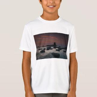 Saltwick湾の日没 Tシャツ