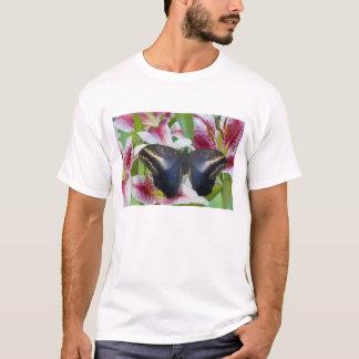 Sammamish、ワシントン州。 熱帯蝶36 tシャツ