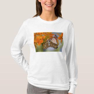 Sammamish、ワシントン州。 熱帯蝶47 tシャツ