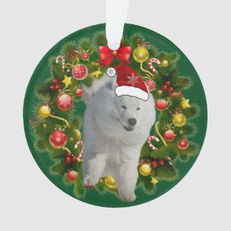 Samoyedの休日の円のオーナメント オーナメント