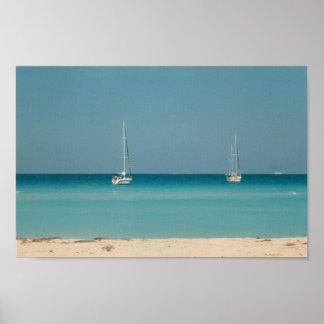 Sanibelの島の帆ボートのオーシャンサイドのフロリダの写真 ポスター
