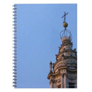 Sant'Ivoのallaの歪んだ螺線形タワー ノートブック
