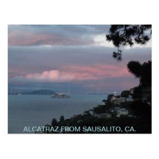 SAUSALITO、CA. -郵便はがきからのALCATRAZ ポストカード