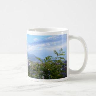 Scaleaの後ろの山 コーヒーマグカップ