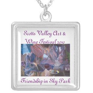 Scottsの谷カリフォルニアの芸術及びワインフェスティバル2010年 シルバープレートネックレス