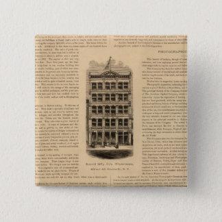 Scovill Manufacturing Companyの真鍮の仕事 5.1cm 正方形バッジ