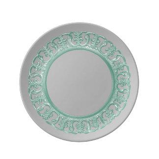 Seafoamの緑のscrollwork 磁器プレート