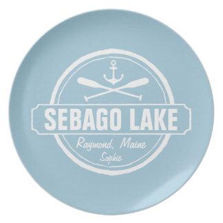 SEBAGO湖のメインの名前入りな町および名前 プレート