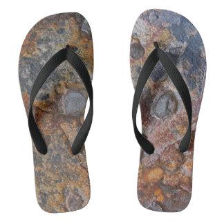 Sedementaryの石の自然の表面 ビーチサンダル