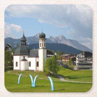 Seefeldのオーストリアのコースターの教会 スクエアペーパーコースター