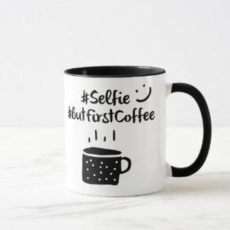 #selfieの#ButFirstCoffeeのhashtagのマグ マグカップ