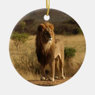 Serengetiのライオン セラミックオーナメント