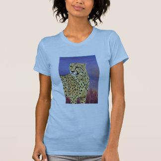 Serengetiの女性小柄い淡いブルーの朝 Tシャツ