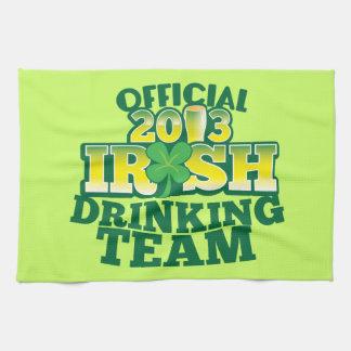 SHビールからの役人2013のアイルランドの飲むチーム キッチンタオル