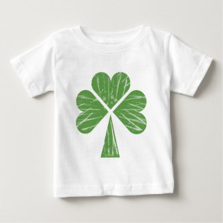 Shamrockingの乳児のTシャツ ベビーTシャツ