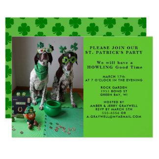 Shanrocksの招待状を持つセントパトリックのパーティー犬 カード