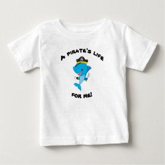 Sharkyの海賊生命ベビーのTシャツ ベビーTシャツ
