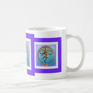 Sharles著すみれ色の神秘主義のShivaの踊り コーヒーマグカップ