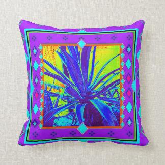 Sharles著紫色の南西リュウゼツランのサボテン クッション