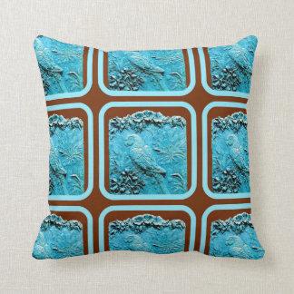 Sharles著青いコンゴウインコ及び蘭の枕 クッション