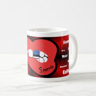 Sharniaの唇のエストニアのマグ(赤い唇) コーヒーマグカップ