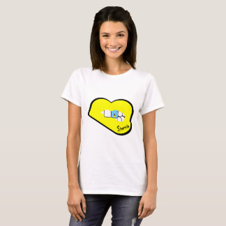 Sharniaの唇のセントルシアのTシャツ(黄色い唇) Tシャツ