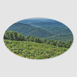Shenandoahの国立公園からの東の眺め 楕円形シール