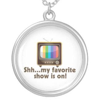 Shh私のお気に入りのなショーはテレビにあります シルバープレートネックレス