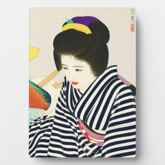 Shimura Tatsumiモダンな美しいの5つの姿 フォトプラーク