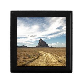 Shiprockニューメキシコ山の南西景色 ギフトボックス